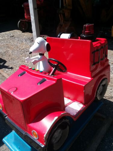 Coin Operated Kiddie Ride - Snoopy- with Sound Working-Licensed Character