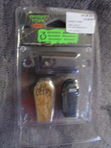 Halloween Lemax Spooky Town, Coffins  set of 3 - 2007  NEW