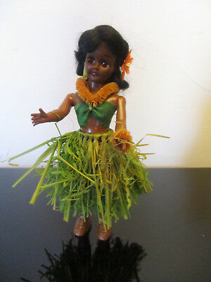 Estate Vintage Hawaiian Hula Girl Grass Skirt Hard Plastic Jointed Arms Doll Jointed Hula Girl