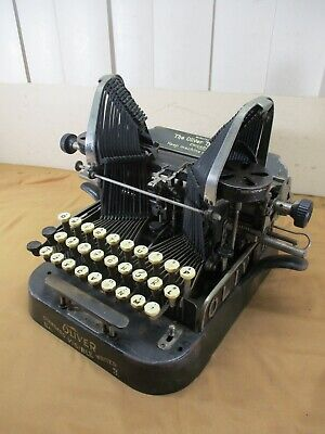 Antique 1898 The Oliver Co. Typewriter No. 3 Standard Visible Writer Batwing