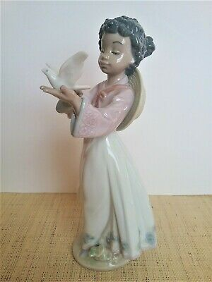 Lladro AFRICAN LOVE African Black Legacy Girl with Dove EXTREMELY RARE!!
