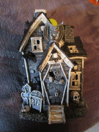 Ashland Halloween Tiny Treasures, Witch