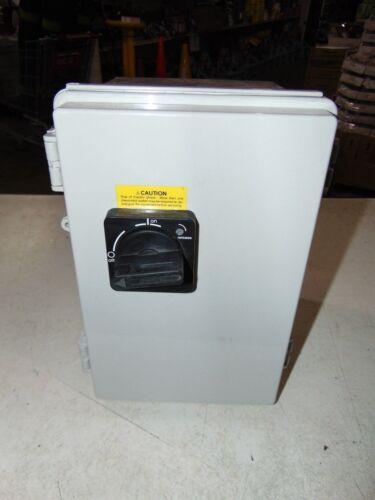 NEW Nema 4X Electrical Enclosure Weatherproof MC-9B On Off Switch MMS-32H