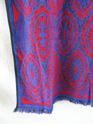 Terri Down West Point Pepperell vintage 70s blue red pop art Victoriana towel