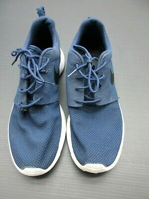 Nike Size 11 Men's Lace Up Navy Light Weight Athletic Work Out Shoes D-7