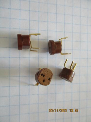 VINTAGE TRANSISTOR SOCKETS. INLINE AND TO5 STYLE HOLES.