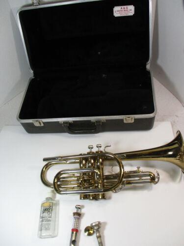BUNDY Selmer Cornet Bb, Bach, w/ Mouthpiece,Case, Looks Excellent, Needs Repair