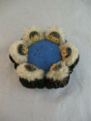 Vintage Native Eskimo BLANKET TOSS Pin Cushion 6 Faces ~ Mink Hoods (1012)
