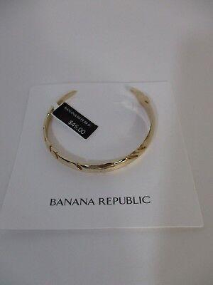 (Banana Republic Gold Leaf Cuff Bracelet NWT $45)