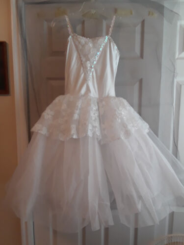 NEW Gorgeous All White Romantic length Tutu w/ roses Size Adult medium BEAUTIFUL