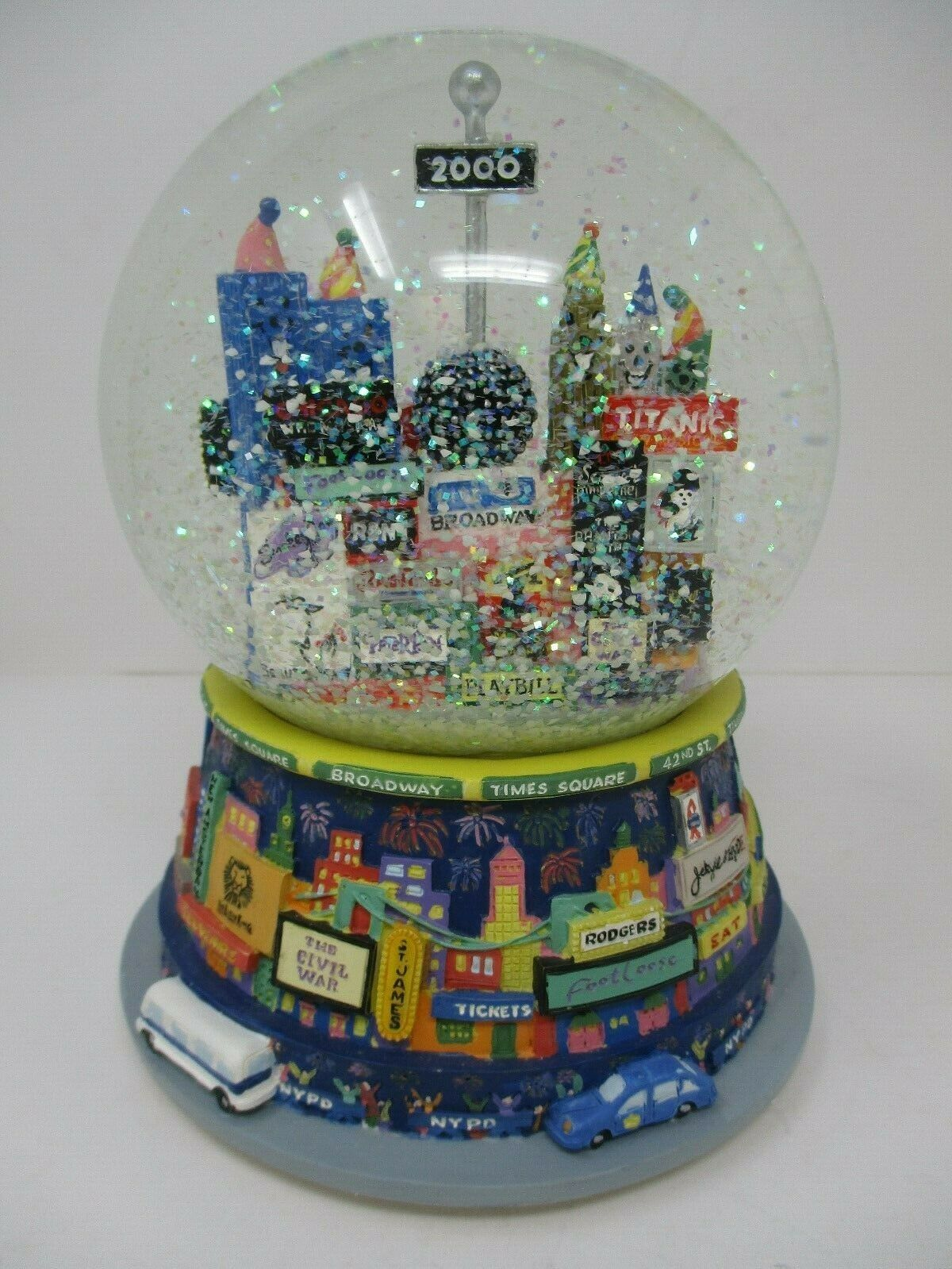 2000 Times Square Broadway Cares Musical Snowglobe Bloomingdales New In Box