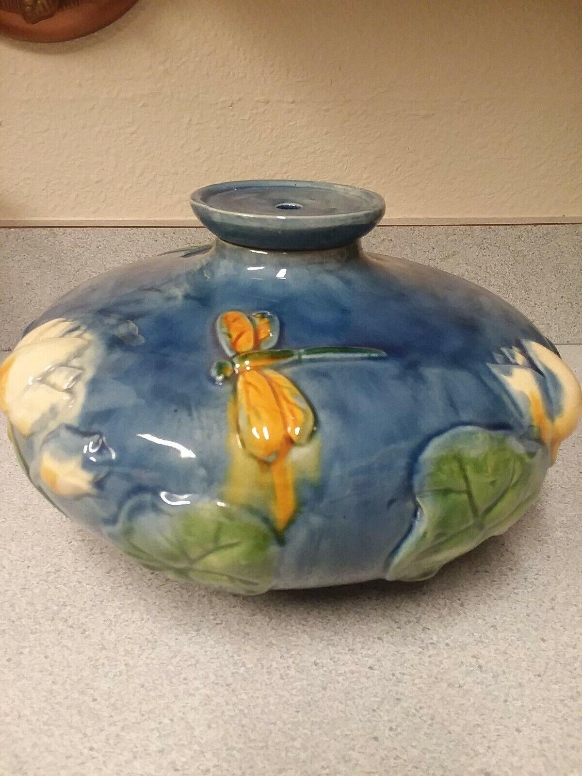 Beautiful Pottery Jardiniere/Vase Unmarked - $24.00