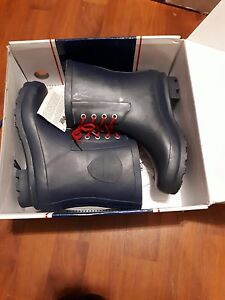 Pajar rain boots brand new in the box