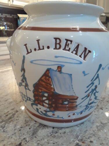 L.L. BEAN LOG CABIN STONEWARE CROCK/CANISTER/JAR  SIGNED