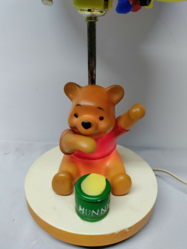 Winnie the Pooh Balloon1980 3 Way Nursery Lamp with Nightlight Dolly Toy Comp