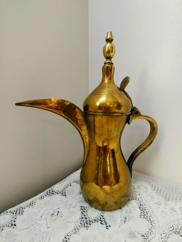 Antique Vtg Brass Dallah Arabic Middle Eastern Coffee Tea Pot