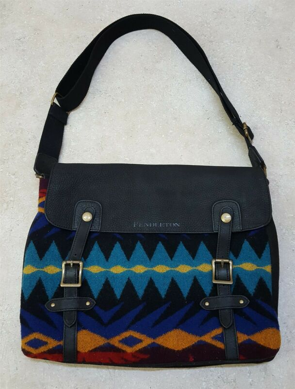 NICE GREAT CONDITION RETIRED LEATHER WOOL TRIBAL DESIGN PENDLETON MESSENGER BAG