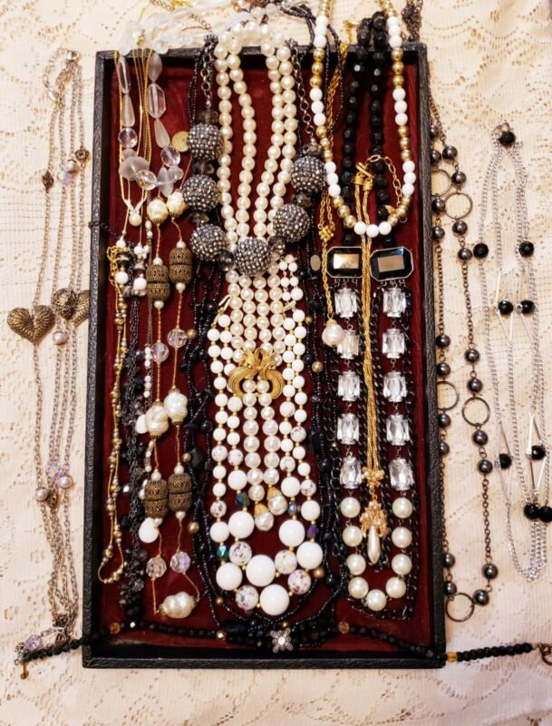 18 Piece Modern and Vintage B&W Beaded Necklace Lot - Alice Caviness, Monet