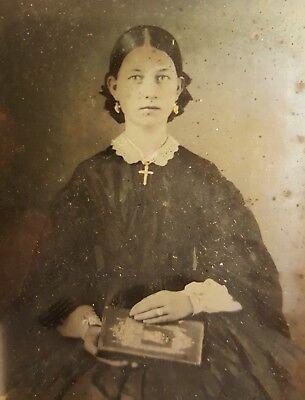 ANTIQUE AMERICAN VICTORIAN FASHION GOLD JEWELRY CRUCIFIX BOOK AMBROTYPE PHOTO MA