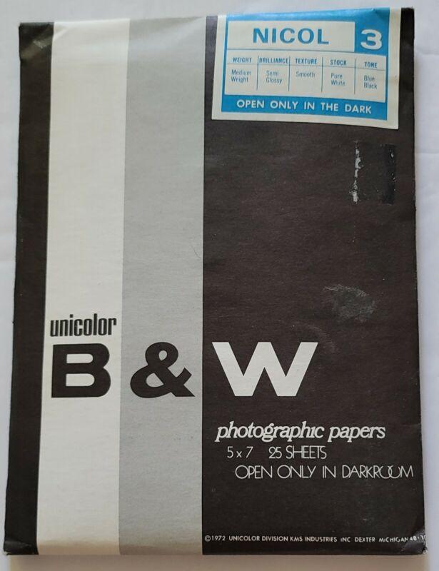 "Vintage  UNICOLOR B & W Photographic Photo Paper Semi-glossy 25 sheets 5"" x 7"""