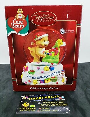 Care Bears Carlton Cards FILL THE HOLIDAYS WITH LOVE Musical Snow Globe w/ Box