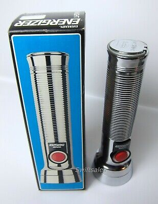 Eveready Energizer 9251 Vintage Red Button Ribbed Metal Body D-Cell Flashlight