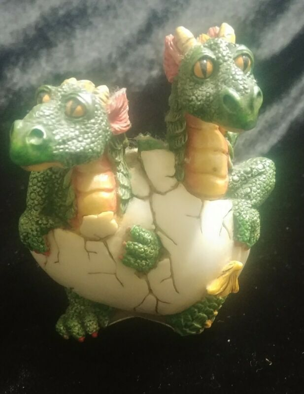 Dragon Baby Egg Hatch Summit Collection Figure Resin '97 WU D&D Hatchling