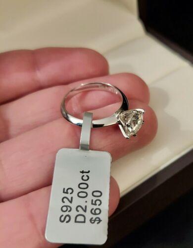 2ct Round Cut Solitaire Diamond Engagement Woman