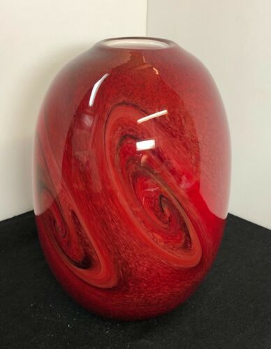 """Beautiful Artistic  Hand Blown Red Glass Vase ~ 8.2"""" Tall"""