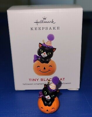 Hallmark 2019 Tiny Black Cat Halloween Miniature Ornament