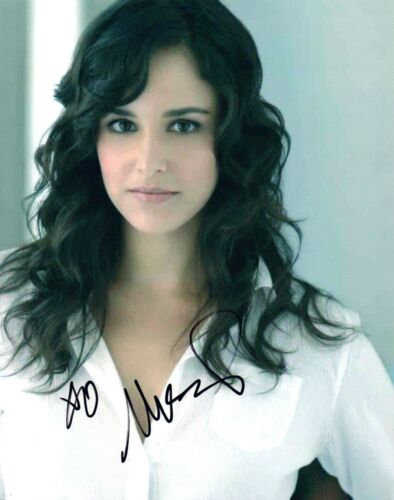 Melissa Fumero Signed Autograph 8x10 Photo Brooklyn Nine Nine Gossip Girl COA