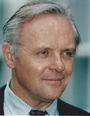 ANTHONY HOPKINS 8 X 10 PHOTO WITH ULTRA PRO TOPLOADER