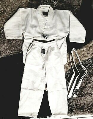 "THE BOLD LOOK KARATE UNIFORM JACKET PANT AND BELT 5 OZ WHITE SIZE 00 Kids 3'9""-4"