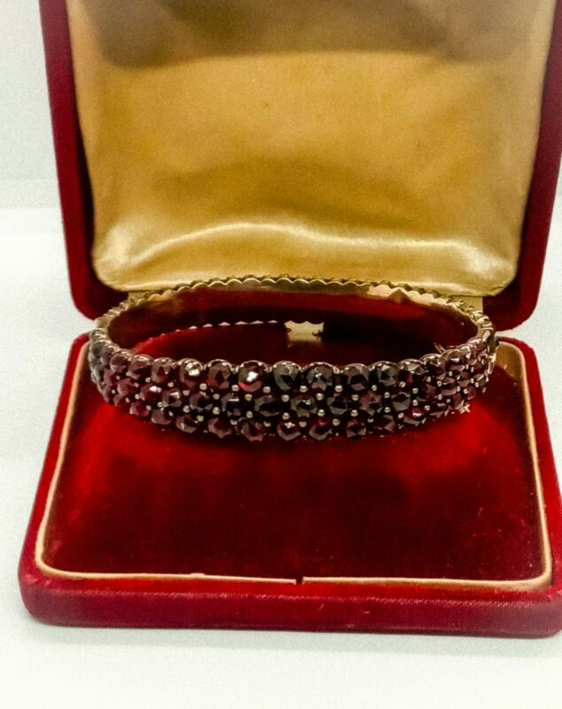 Fine Antique Victorian RoseCut Bohemian Garnet Bracelet Hinged 3 Row Deep Red