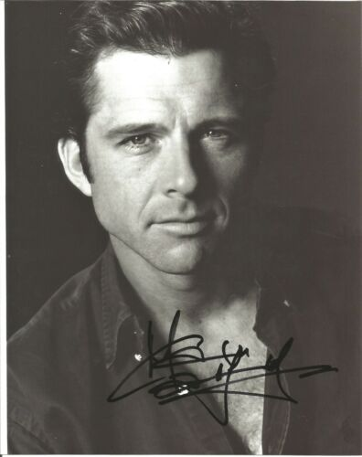 Maxwell Caulfield ACTOR GREASE 10x8 photo SIGNED L509