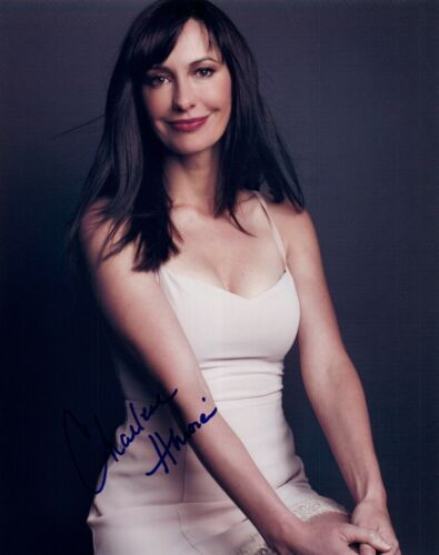 Charlene Amoia Signed Autographed 8x10 Photo HOW I MET YOUR MOTHER Actress COA