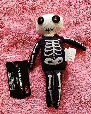 Target Halloween Ornaments (NEW VHTF Skeleton Man Ornament Target Hyde And Eek 2018 HALLOWEEN Decor Ages)
