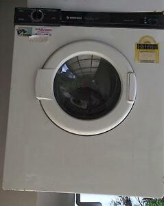 Simpsons dryer 3.5kg Mount Kuring-gai Hornsby Area Preview