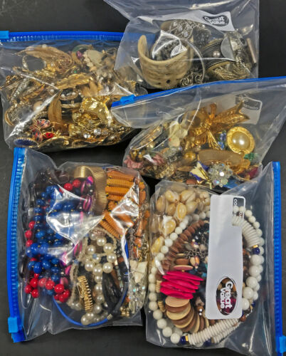 Vintage Costume Lot 5+lbs Mostly Unsigned Brooches, Necklaces, Earrings