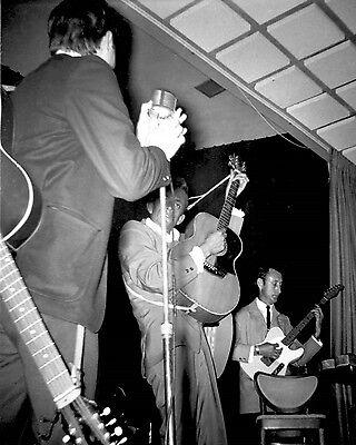 "Johnny Cash 10"" x 8"" Photograph no 14"