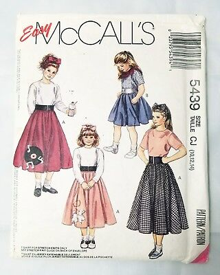 Easy Girl Costume (Easy McCalls Costume Pattern 5439 Girls 10-14 Circular Skirt Poodle Record)