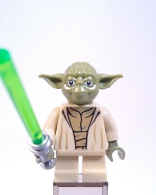 LEGO Star Wars Yoda (Olive Green) Minifigure sw0707 New With Lightsaber