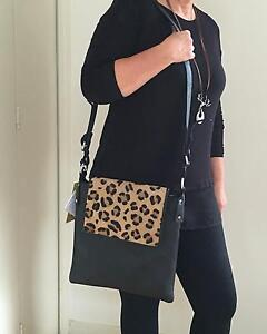 CENZONI LEATHER BAG Pottsville Tweed Heads Area Preview