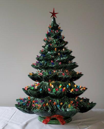 """Vintage Lighted Ceramic Christmas Tree 27"""" 1988 Nowell Mold"""