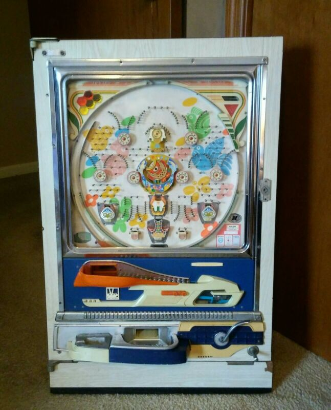 VINTAGE 1975 OKUMURAYUKI PACHINKO MACHINE CARP CENTER MONAKO VICTORY BIG FISH