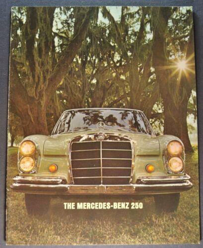 1966 Mercedes-Benz 250 Catalog Sales Brochure Excellent Original 66