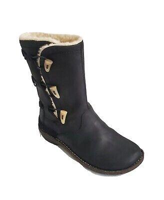 UGG 5156 S/N Kona Black Leather Sheepskin Elastic Toggle Boot Womens Size 9