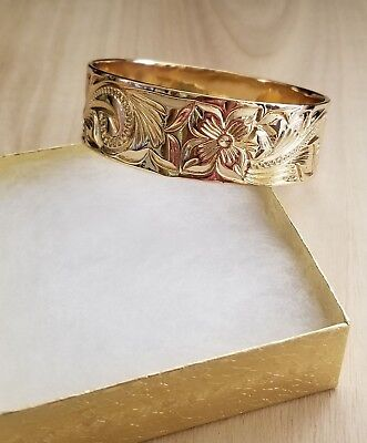 - 25mm Gold Hawaiian Heirloom Engraved Bracelet Size 9 Made in Hawaii