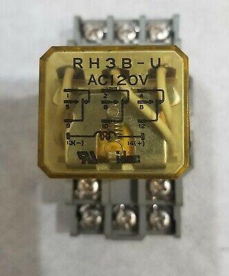Idec Rh3b-u Ac120v Relay With Idec Sh3b-05 Base