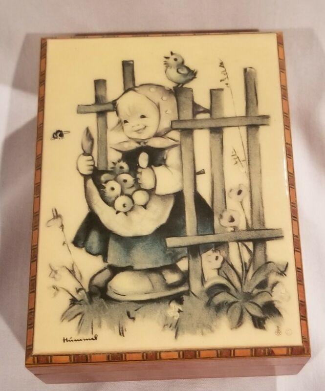 Vintage Hummel Girl Reuge Swiss Movement Music Trinket Box Plays Edelweiss